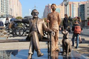 Памятник Ивану Тургеневу в Краснодаре ©Фото пресс-службы администрации Краснодара