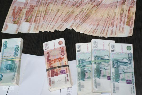 10 млн рублей в пользу государства конфисковали у туристки таможенники Ставрополья