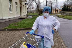 Доставка в одну из московских лабораторий ©Фото X5 Retail Group во «ВКонтакте»