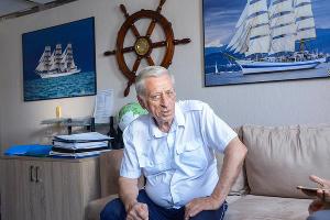 Капитан круизного лайнера «Князь Владимир» Владимир Маньков ©Фото Виктора Клюшкина, Юга.ру