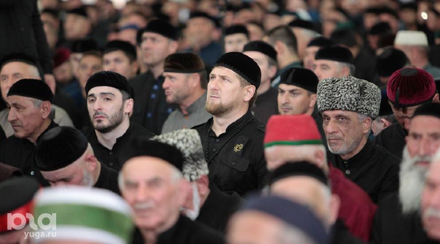 Открытие мечети им. Аймани Кадыровой в Чечне ©Муса Садулаев, ЮГА.ру