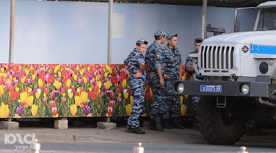 "Как бы ""Марш за федерализацию Кубани"" ©Михаил Ступин, ЮГА.ру"