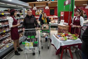 Открытие супермаркета «Перекресток» после реконструкции в Сочи ©Фото Виктора Клюшкина, Юга.ру