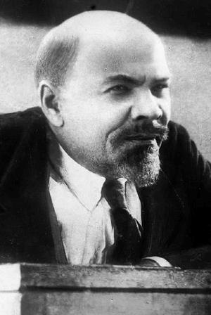 Василий Никандров, механик буксира в Новороссийске, в 1927 году сыгравший Ленина в фильме Эйзенштейна «Октябрь»