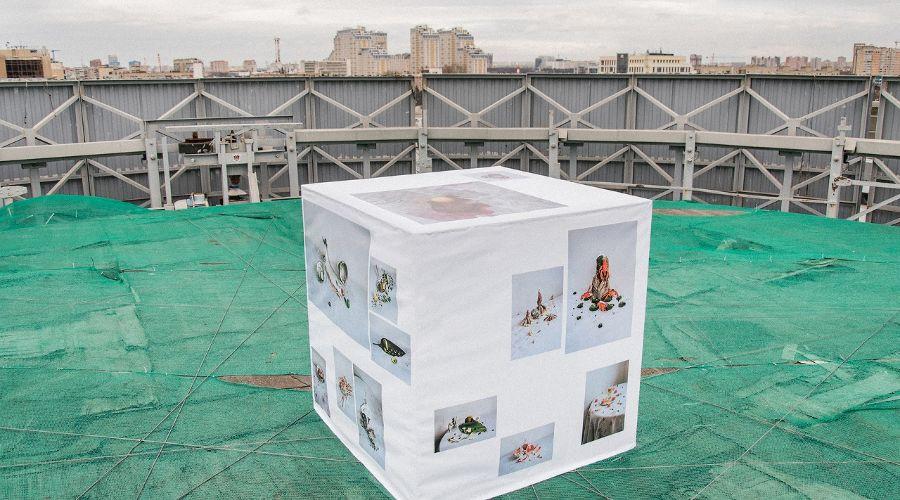 Выставка «Кубанский метр» ©Фото со страницы галереи «Вершина Культуры» во «ВКонтакте», vk.com/the_high_of_culture