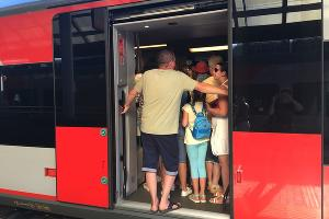 Посадка на электричку «Имеретинский курорт — Туапсе» в 17:04 ©Фото Юга.ру