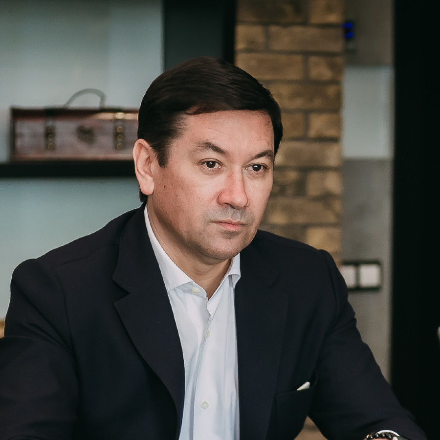 Евгений Титов