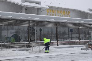 Краснодарский аэропорт во время снегопада ©Фото пресс-службы международного аэропорта Краснодар им. Екатерины II
