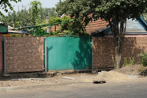 забор 14/DSC_8773-2 ©Михаил Ступин, ЮГА.ру