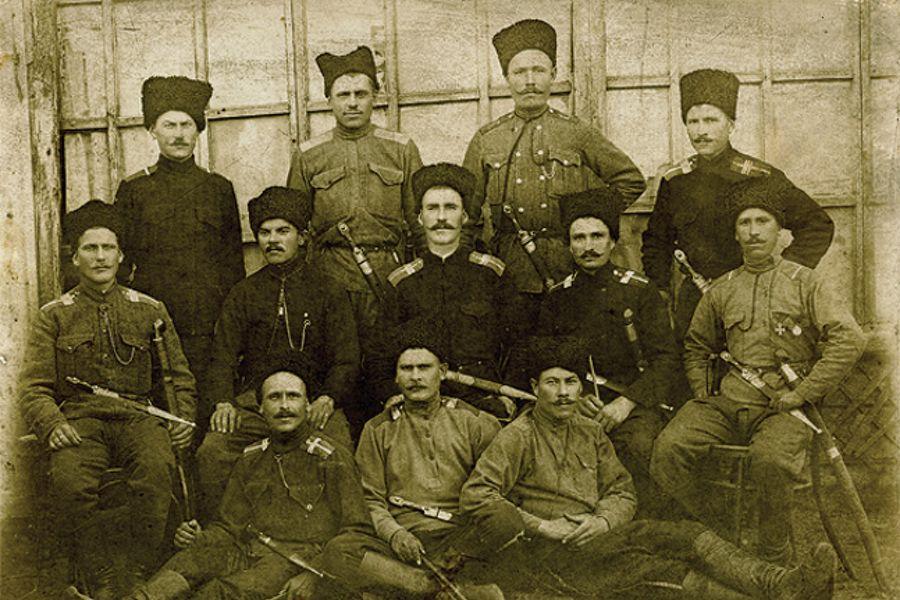 Кубанские казаки станицы Пашковской в годы Первой Мировой войны ©www.spravedlivo.ru