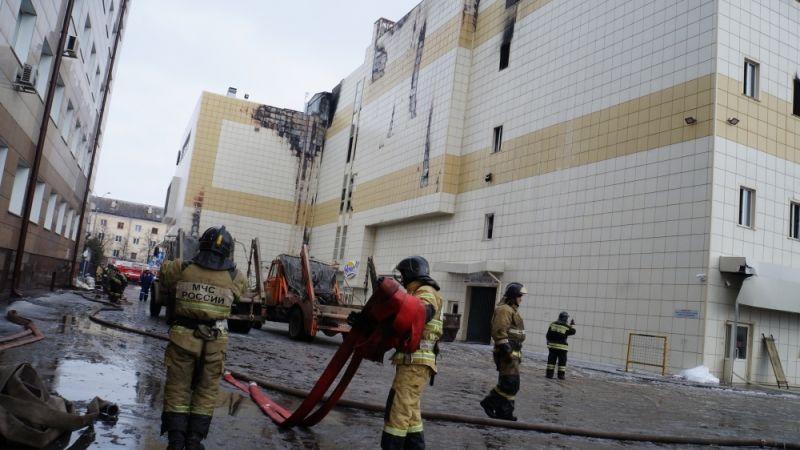 Траурная акция пожертвам пожара вКемерово прошла вБеслане