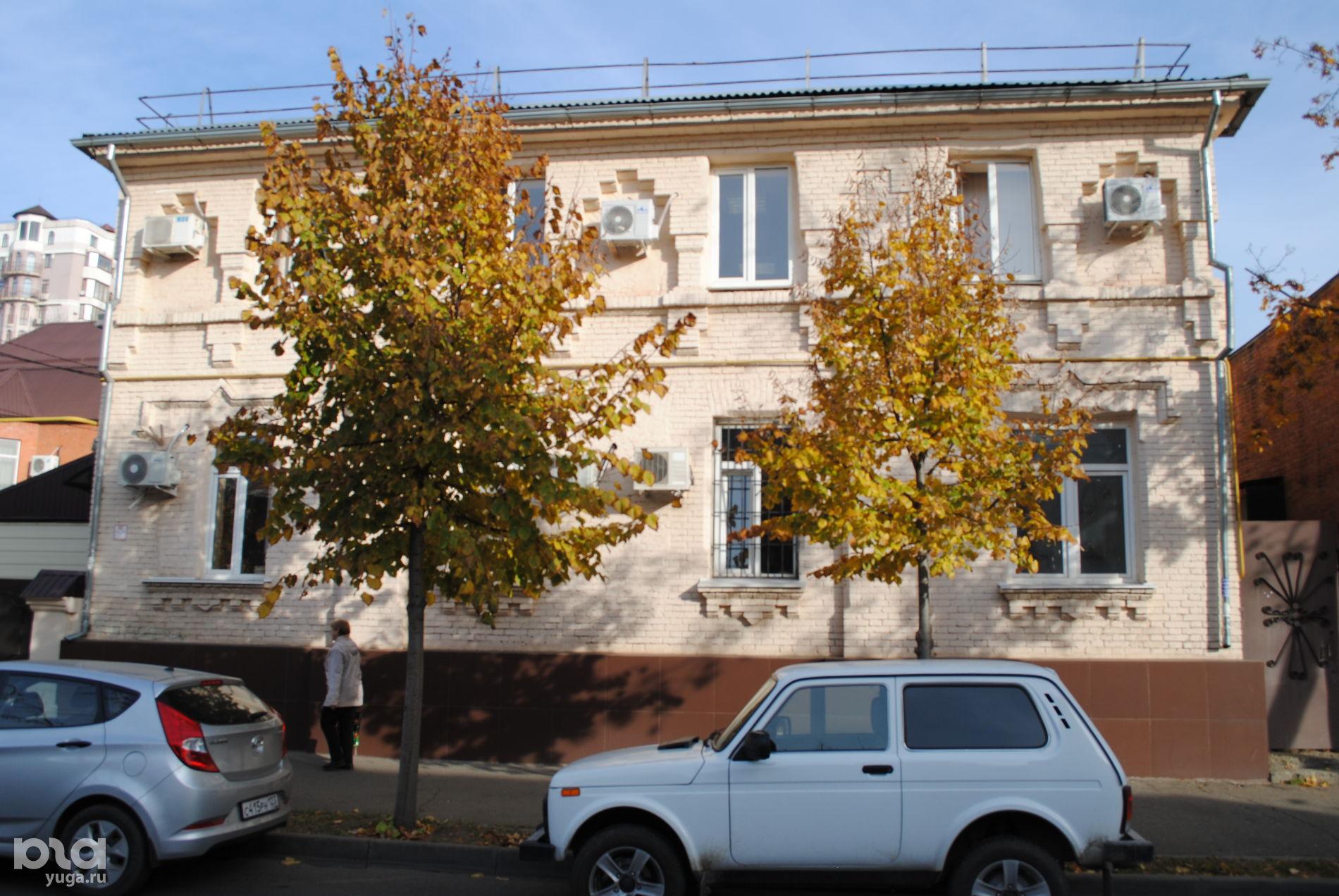 Историческое здание синагоги, ул. Ленина, 39 ©Фото Виктора Дерезы, Юга.ру