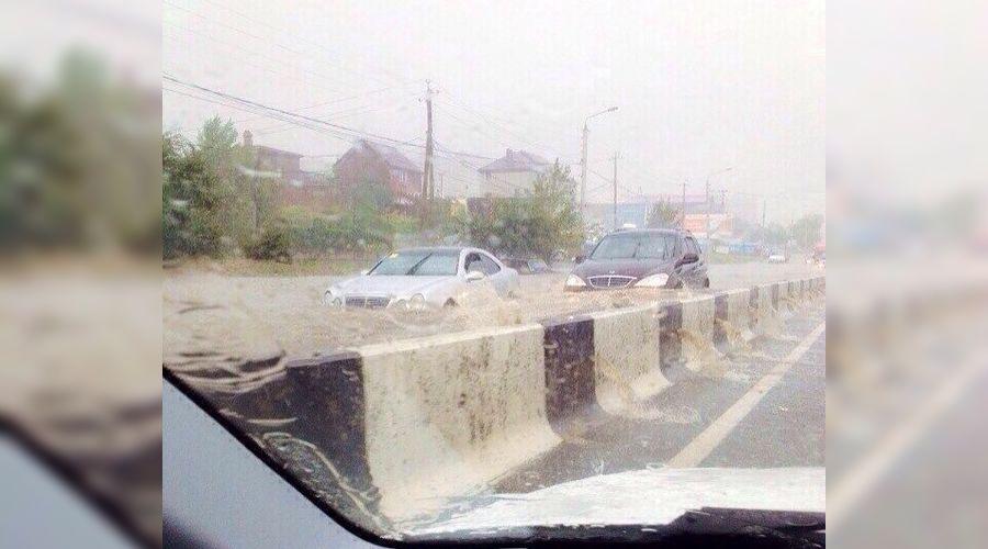 Потоп в Ростове ©http://vk.com/etorostov