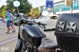 Выставка ретроавтомобилей в Краснодаре ©Фото Юга.ру