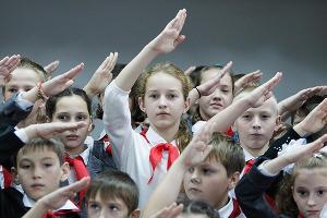 Посвящение в пионеры в Ставропольском крае ©Эдуард Корниенко, ЮГА.ру