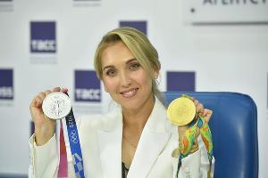 Елена Веснина с олимпийскими медалями ©Фото из инстаграма Елены Весниной, instagram.com/vesnushka86