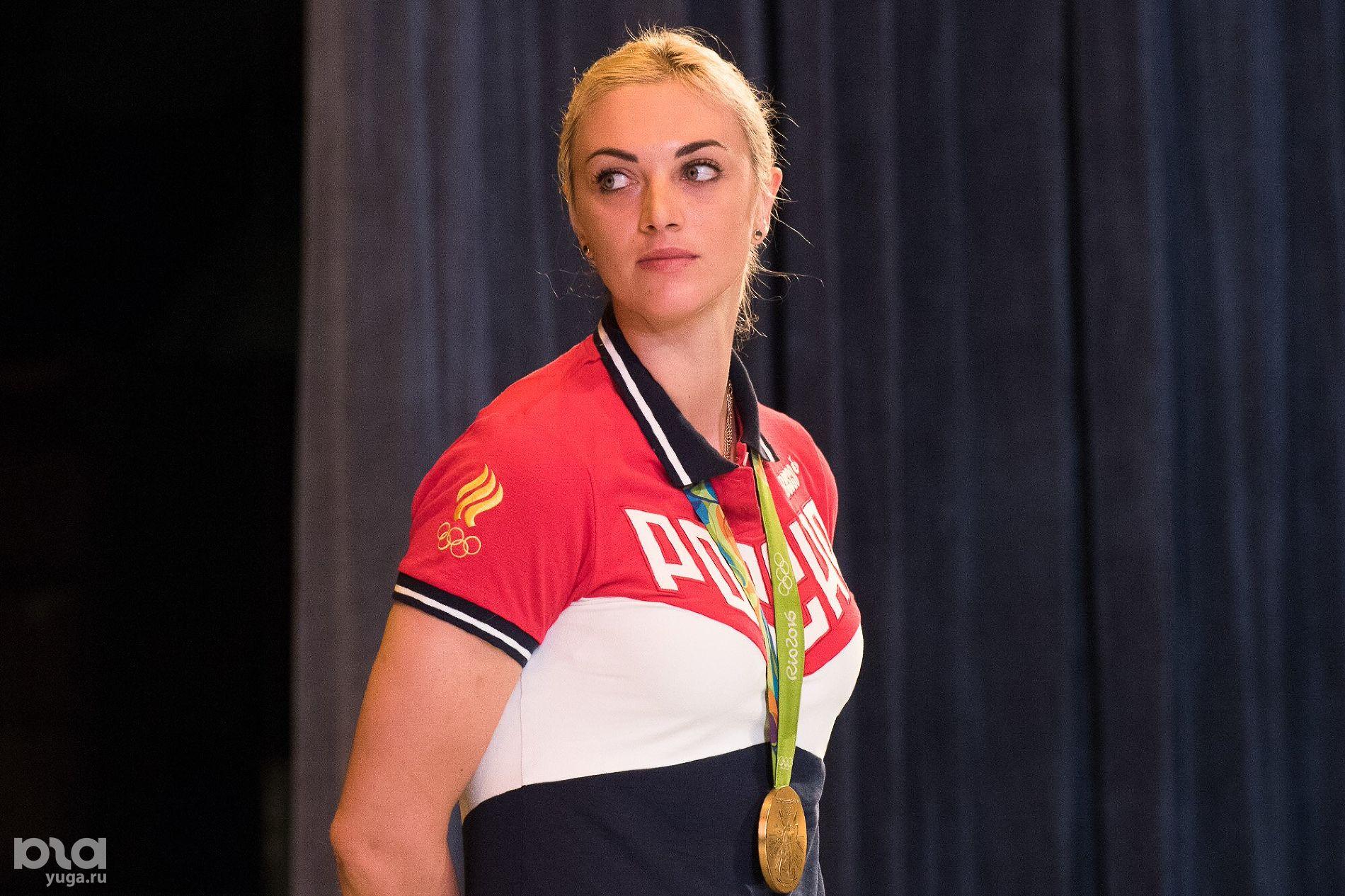 Заслуженный мастер спорта России по гандболу, олимпийская чемпионка Анна Сень ©Фото Елены Синеок, Юга.ру
