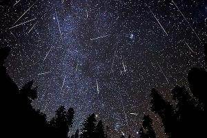 Метеорный поток ©svopi.ru