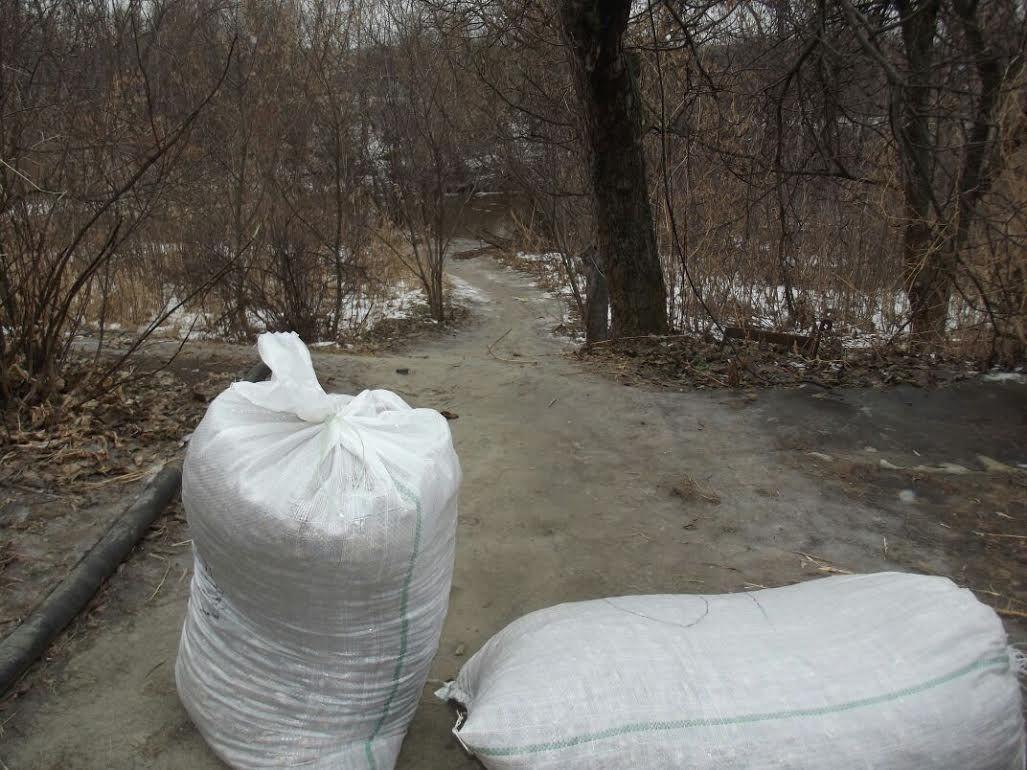 Украинец перетащил в РФ полтонны орехов наканате