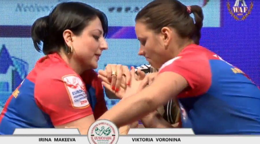 Ирина Макеева (слева) ©Скриншот видео из YouTube-канала MOSARM, youtube.com/channel/UCztjB5yhCTbXyDTkmDeymIw