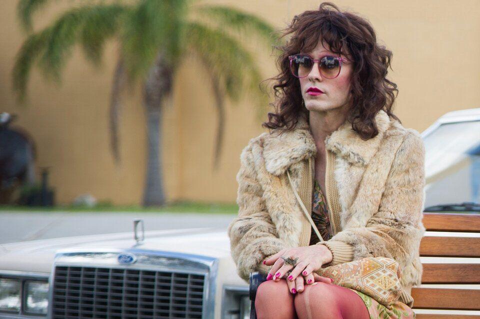 Кадр из фильма «Далласский клуб покупателей» (2013), в котором Джаред Лето сыграл трансгендерного человека Рэйона ©kinopoisk.ru