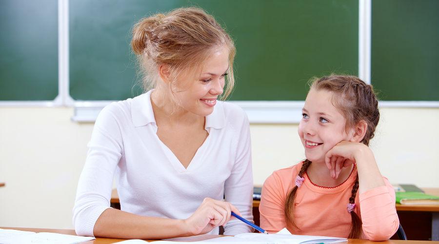 Хватает ли в школах Кубани учителей исколько они получают?