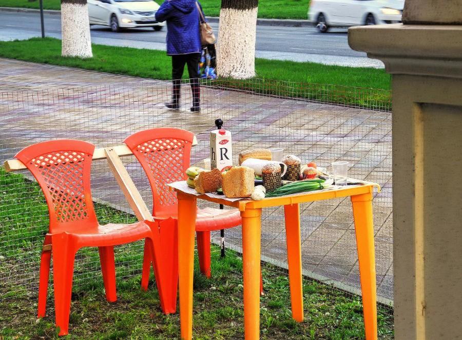 Инсталляция у памятника М.В. Ломоносову на ул. Красной ©Фото очевидцев, было предоставлено в распоряжение редакции