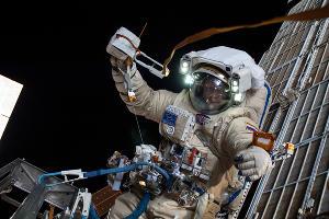 Олег Артемьев ©Фото NASA с сайта flickr.com