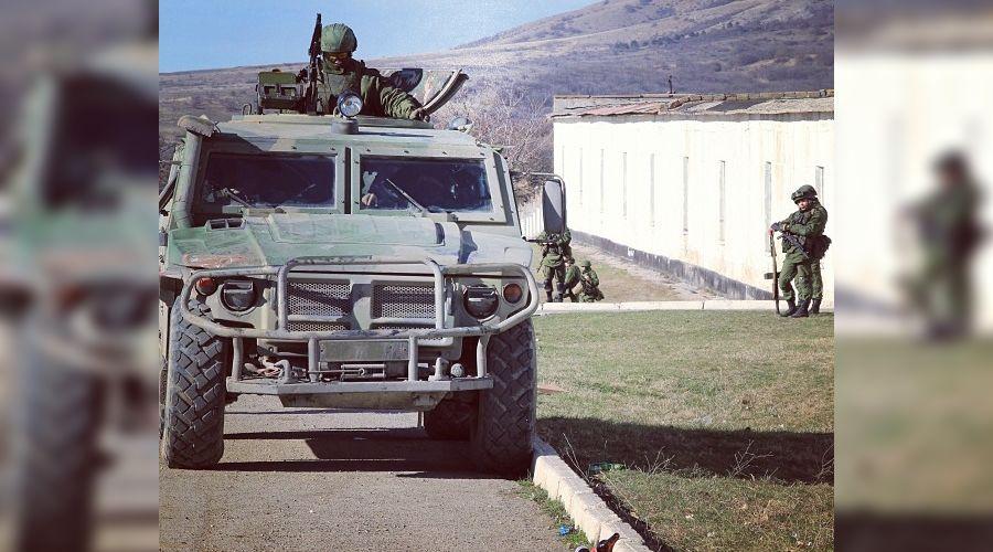 Военная техника в Крыму ©http://instagram.com/p/lGKv4uuxhk/