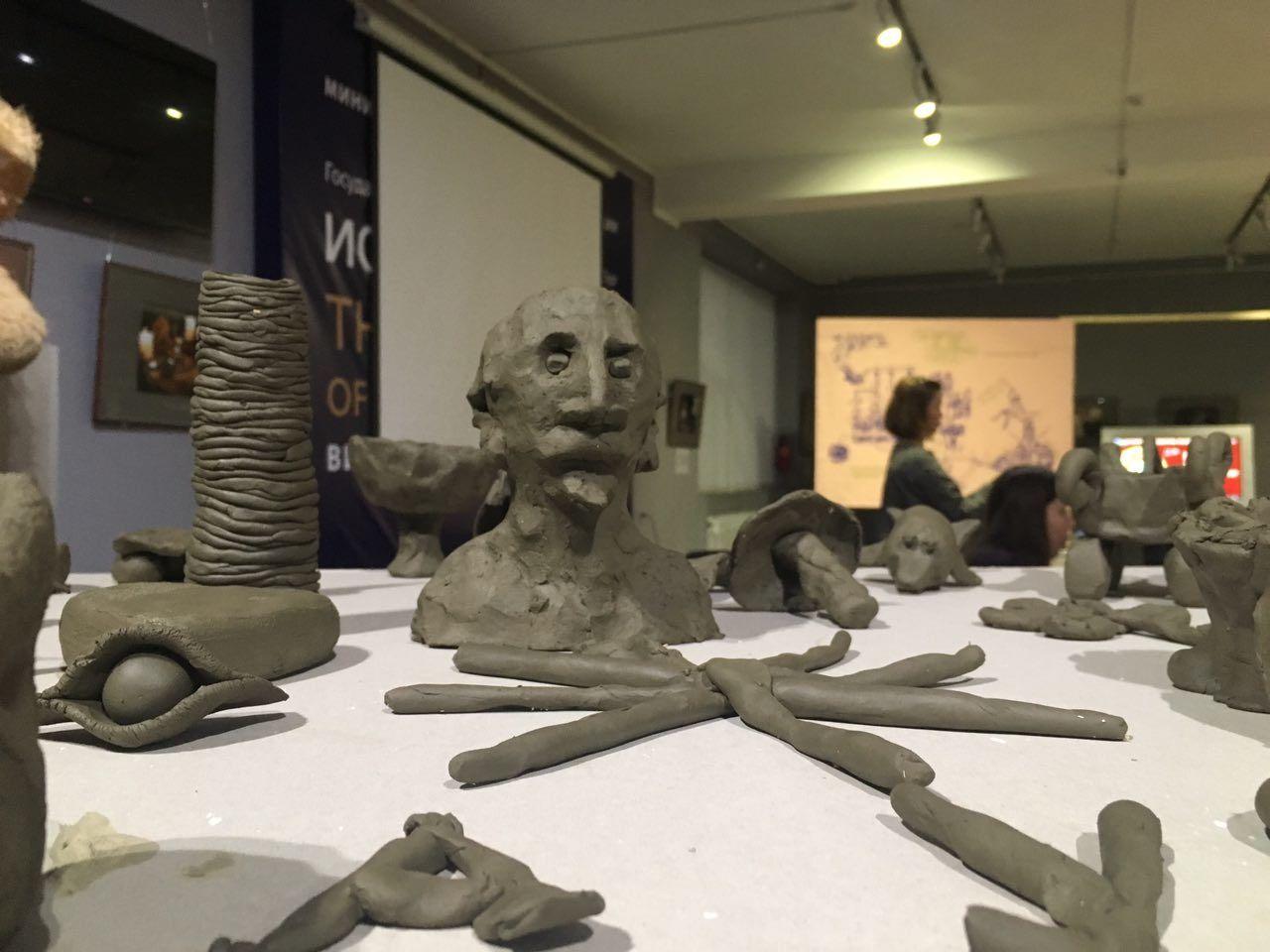 Фестиваль современного искусства «Может» в Дербенте ©Фото группировки ЗИП