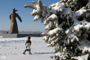 Аномальные морозы в Ставрополе. Мемориал солдату-красногвардейцу ©Эдуард Корниенко, ЮГА.ру