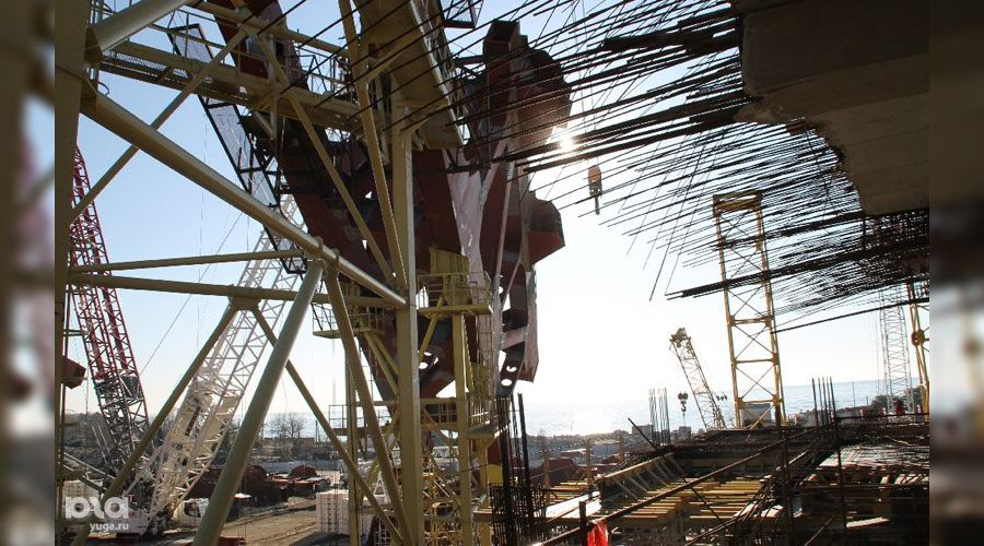Строительство олимпийских объектов в Сочи ©Ирина Лукьяшко. ЮГА.ру