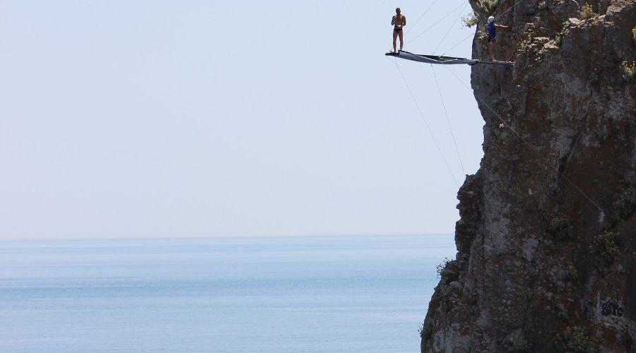Вышка для хай-дайвинга на скале Дива в Симеизе ©Фото из группы «ВКонтакте» «Фрирайт», vk.com/freerate