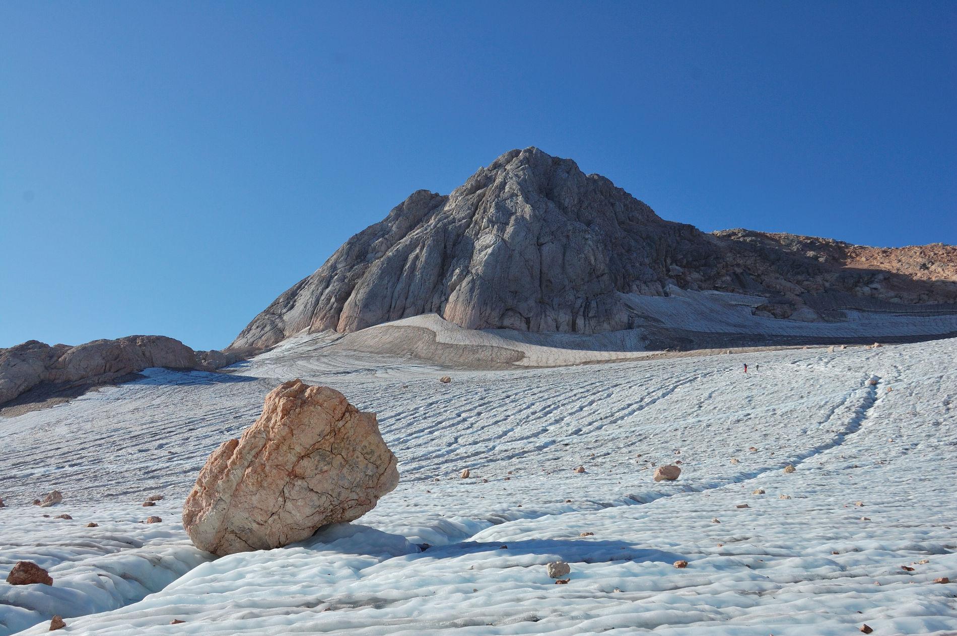 Ледник на Фиште уменьшается последние несколько лет ©Фото Дмитрия Андреева, mountaindreams.ru