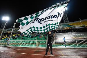 ФК «Краснодар» на стадионе «Кубань» ©Елена Синеок, ЮГА.ру