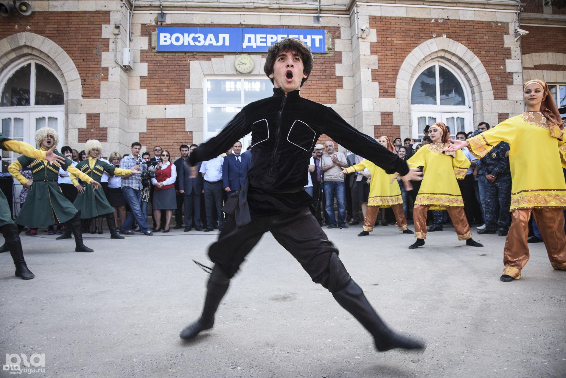 Ретро-поезд дружбы «Дербент-2000» ©Елена Синеок, ЮГА.ру