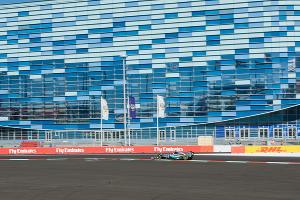 "Квалификация на Гран-при России ""Формулы-1"" в Сочи ©Нина Зотина, ЮГА.ру"