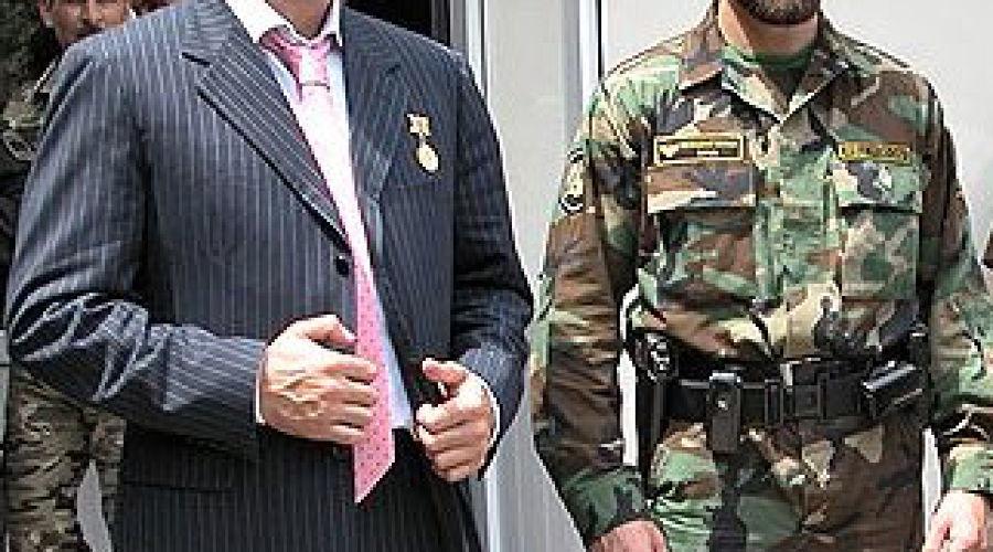 Адам Делимханов (слева). Фото: Коммерсантъ ©Фото Юга.ру