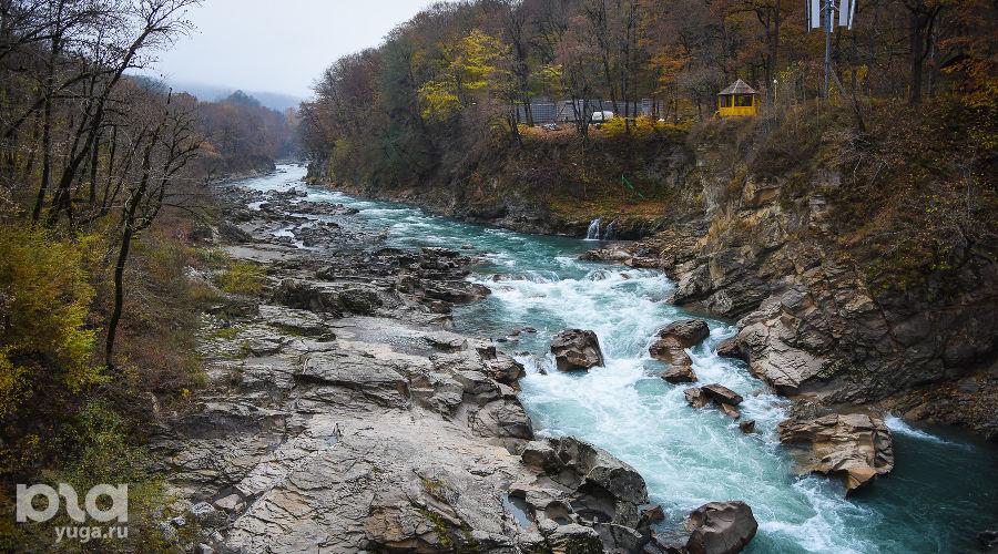 Река Белая. Республика Адыгея ©Фото Елены Синеок, Юга.ру
