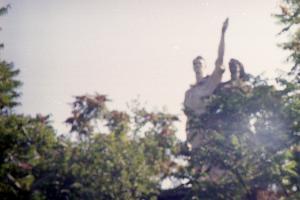 Колоннада в Чистяковской роще ©Фото Александра Гончаренко, Юга.ру