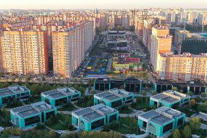 Вид на застройку рядом со стадионом ФК «Краснодар» ©Фото Валентина Тараненко, Юга.ру
