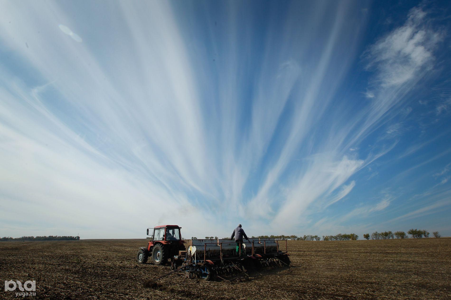 Сев озимого ячменя в Ставропольском крае ©Эдуард Корниенко, ЮГА.ру