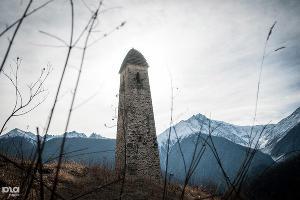 Башенный комплекс Эрзи в Джейрахском районе республики Ингушетия ©Елена Синеок, ЮГА.ру