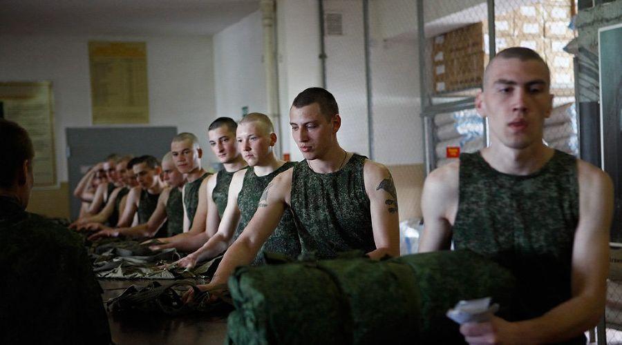 Первые кубанские призывники отправлены на службу ©Влад Александров. ЮГА.ру