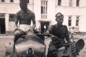 Немецкие солдаты на улице Красной, август 1942 года ©Фото с сайта myekaterinodar.ru