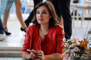 Саша Грей провела автограф-сессию в Сочи ©Фото Нины Зотиной, Юга.ру