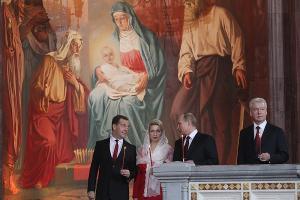 Дмитрий Медведев, Светлана Медведева, Владимир Путин и Людмила Путина ©rg.ru