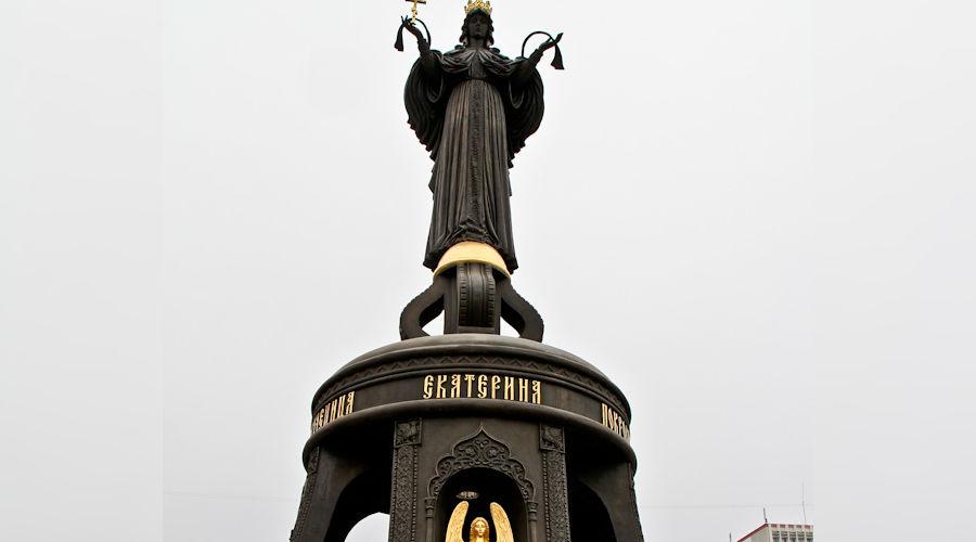Свято-Екатерининский фонтан ©kolezev.livejournal.com