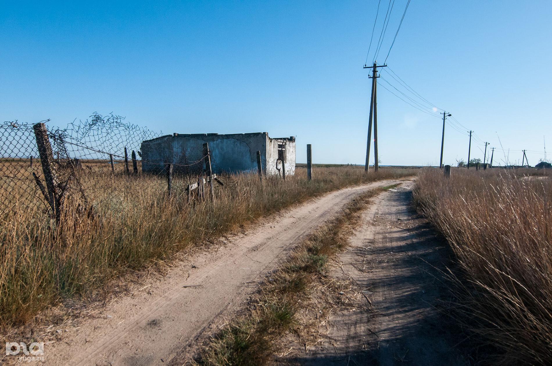 Поселок Чушка, улица Набережная ©Фото Елены Синеок, Юга.ру