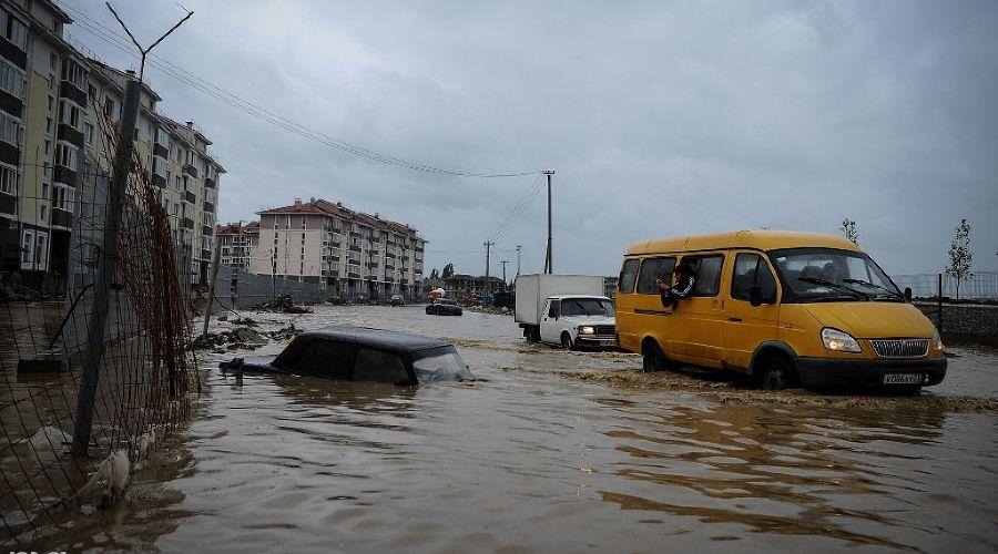 Затопленный Сочи ©Нина Зотина, ЮГА.ру